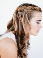Long locks call for showing them off! Via weddingomania.com