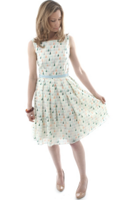 Fun & hip dress for any age. Grab this chic vibe from Sister Organics for $96.00 http://sisterorganics.bigcartel.com/product/organic-cotton-voile-day-dress